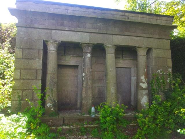 01-old-kilbride-cemetery