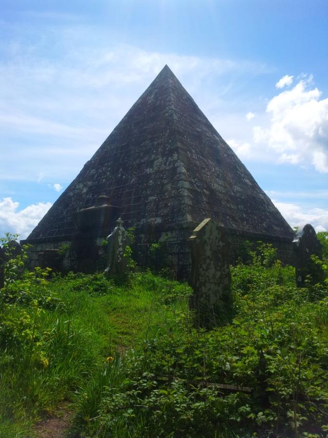 14-old-kilbride-cemetery
