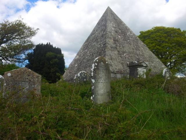 32-old-kilbride-cemetery