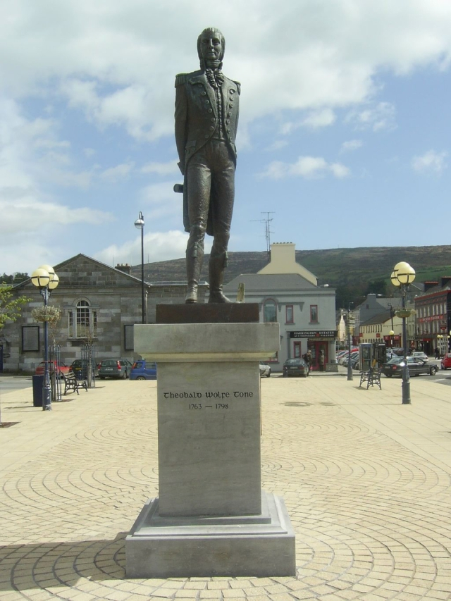 wolfe_tone_sculpture_bantry
